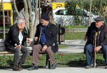 Photo of 20 Yaş Altı ve 65 Yaş Üzeri Sokağa Çıkma Yasağı Ne Zaman Kalkacak?